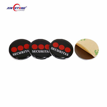 Adhesive 13.56Mhz Waterproof HF F08 RFID NFC Disc PVC Tag With Anti-Metal