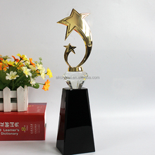 2018 New design gold metal trophy cups, replica grammy metal award trophy