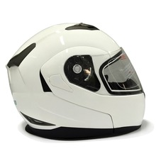 2018 DOT ABS Material Motorcycle Safety Helmet Built-In Bluetooth 500M Wireless Intercom Helmet BT Music Helmet + FM Radio