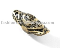 Burnished Gold Shield Knuckleduster Antique Ring Jewelry