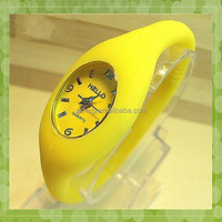 Promotional cheap colorful lady silicone watch