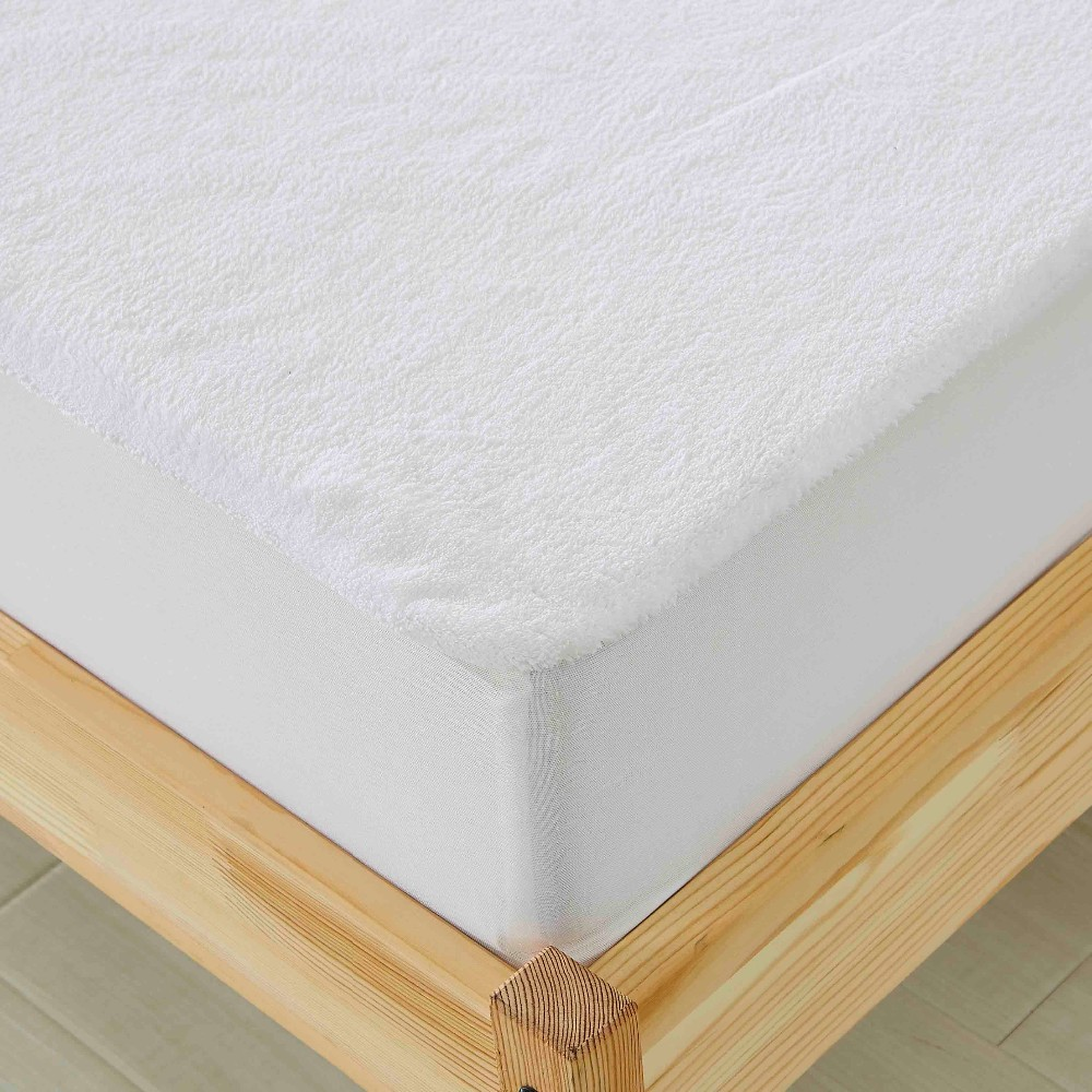 100% Polyester 230G Coral Fleece Mattress Protector Waterproof TPU Membrane