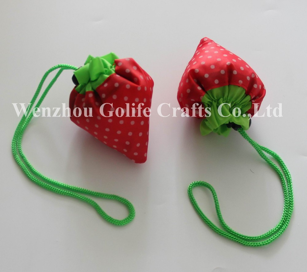 Strawberry polyester foldable bag