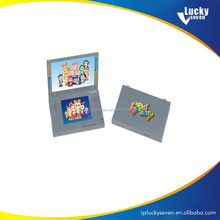 plastic jigsaw puzzle game