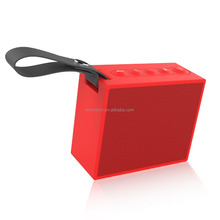 IP66 waterproof resistant bluetooth V4.2 wireless speakers innovative swimming outdoor <strong>portable</strong>