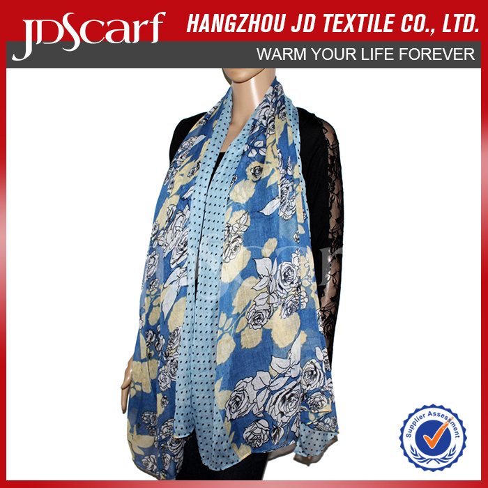 Hot sale factory direct new design ladies silk neck scarf