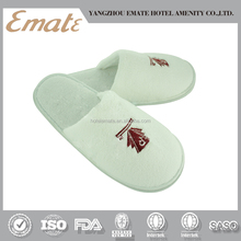 Wholesale white towel disposable closed toe slippers for hotel