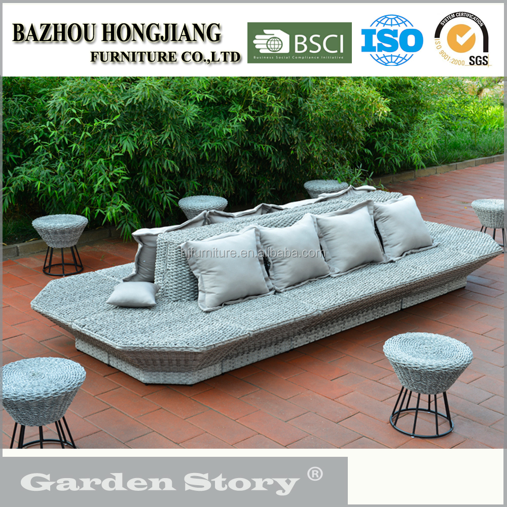 Outdoor Furniture Seat Round PE Wicker Sofa Set 12 Seaters