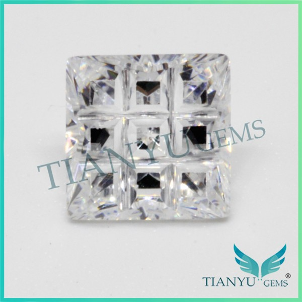 Wholesales price 9 parts cut white cz stone wedding ring for women