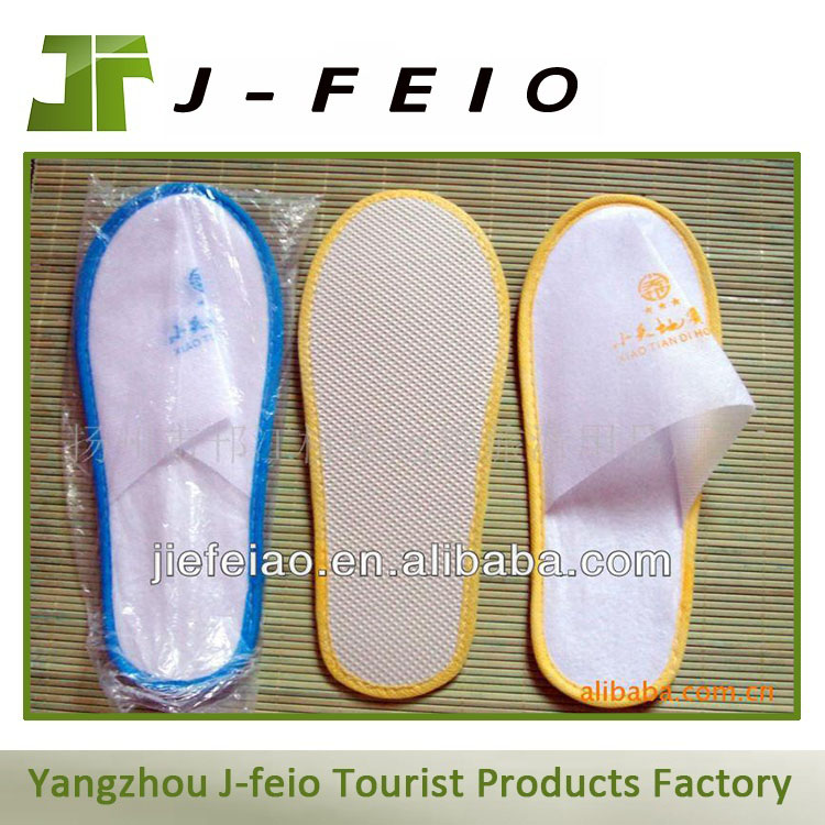 top hotel amenity supplier travel slipper in bag