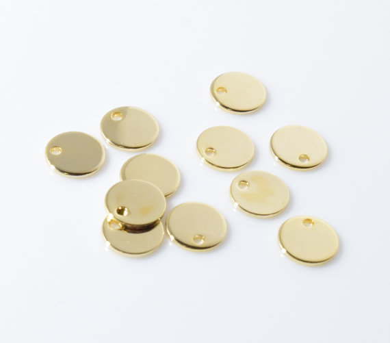 Wholesale best selling high polish alloy round custom gold coin pendant