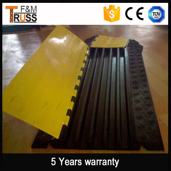 Hot sale type durable yellow ramp rubber cable protector cable cover