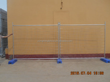2.1m*2.4m galvanized temporary wood fence for sale