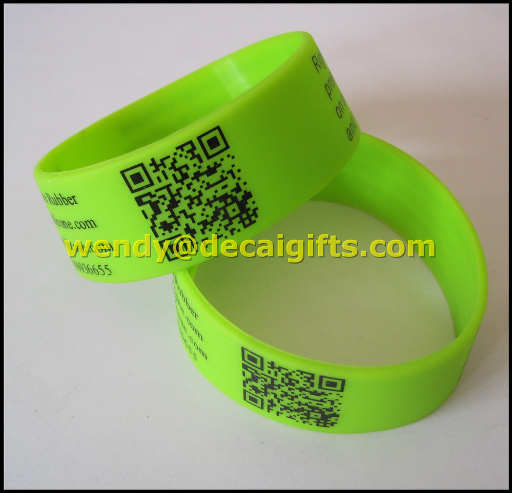 Custom design silicone wristband laser engraving machine with 25mm wide
