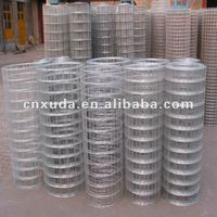 Welded wire mesh and welded mesh roll