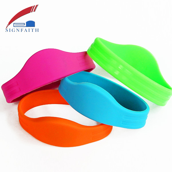 125khz RFID EM4102 Reusable Wristbands ID Bracelets With t5577