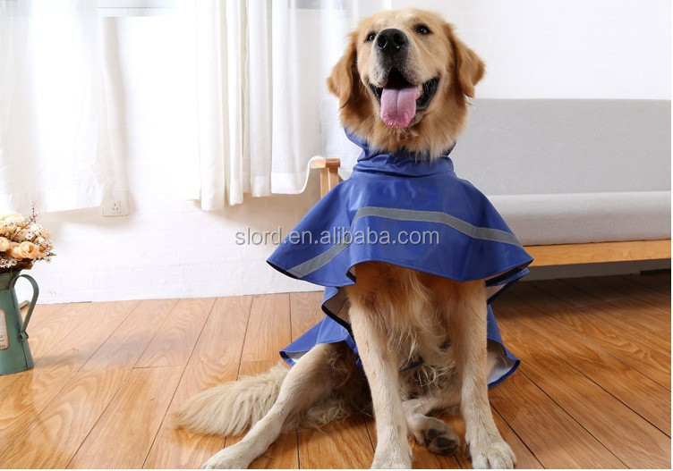 Fashionable Waterproof Pet Dog Polyster Clothes Dog Raincoat With Hat