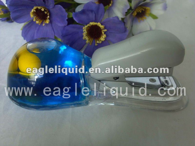 Promotion plastic liquid stapler with floater