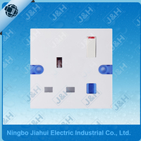 JHN405 Good Quality British Standard 3 Pin 13A 1 Gang Electric Wall Switched Socket Wall Socket Outlet with Neon