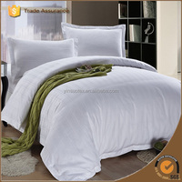 Hotel Design White Sateen Bedding Set with Bed Sheet Fitted Sheet Pillowcases Set Made In China