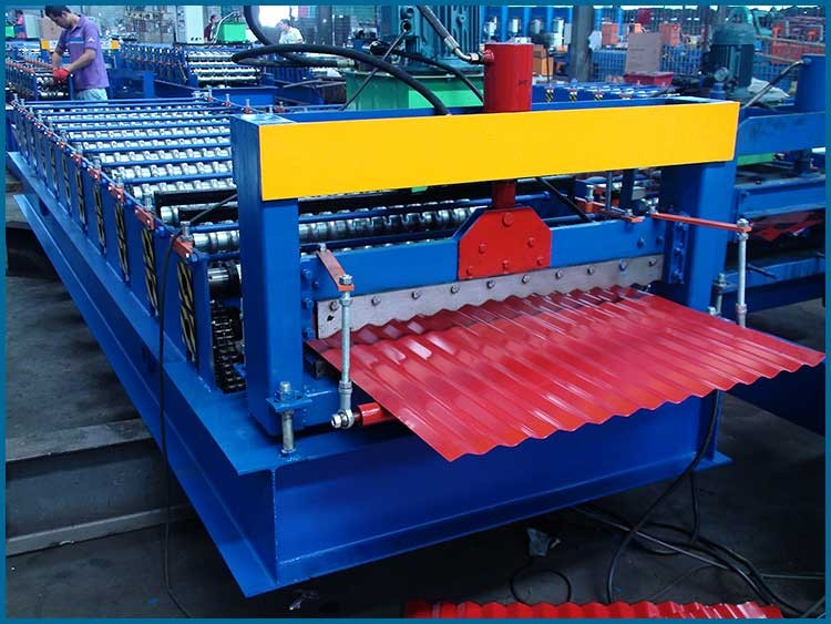 850Corrugated iron roofing sheet making roll forming machine