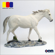 Cute Design Polyresin Resin Horse Figurines For Home Table Decoration