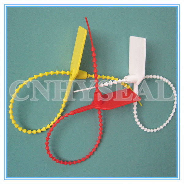 CH315 pull tight plastic security seals for envelopes
