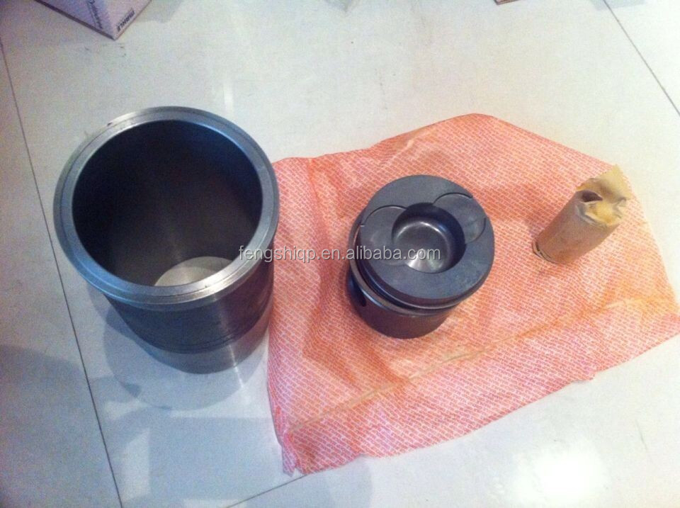 MAN Truck Engine D2866 Spare Parts Liner kit (liner, piston, piston ring, circlip, pin)