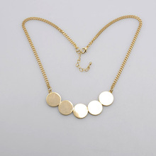 Wholesale latest simple gold and silver design hoop round shaped pendant chain necklace for women made in china