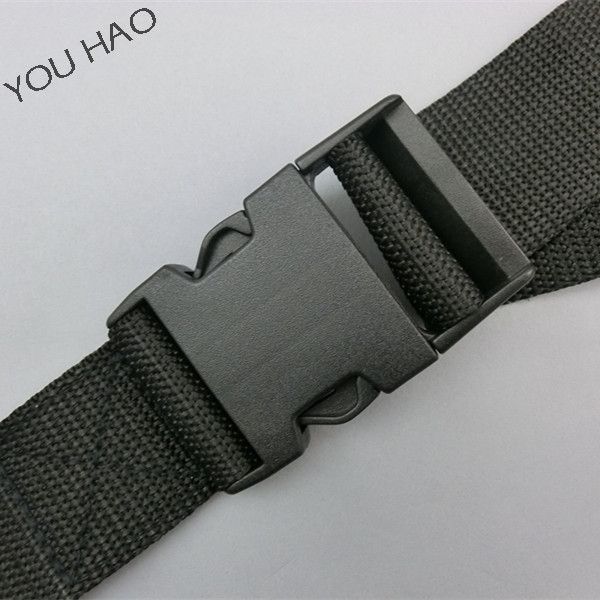 Black pp nylon polyester luggage strapping belt with plastic buckle