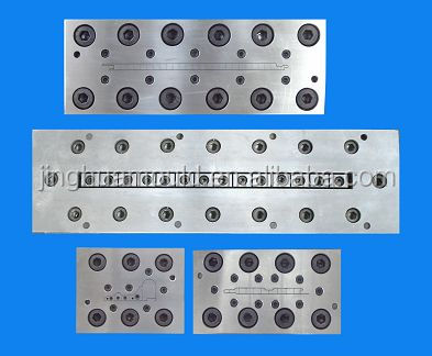 PVC Door Panel/Plate Extrusion Mold ( Die Head+ Vacuum Calibrator and Water Tank)