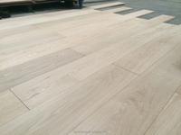 Unfinished wide planks solid oak hardwood flooring