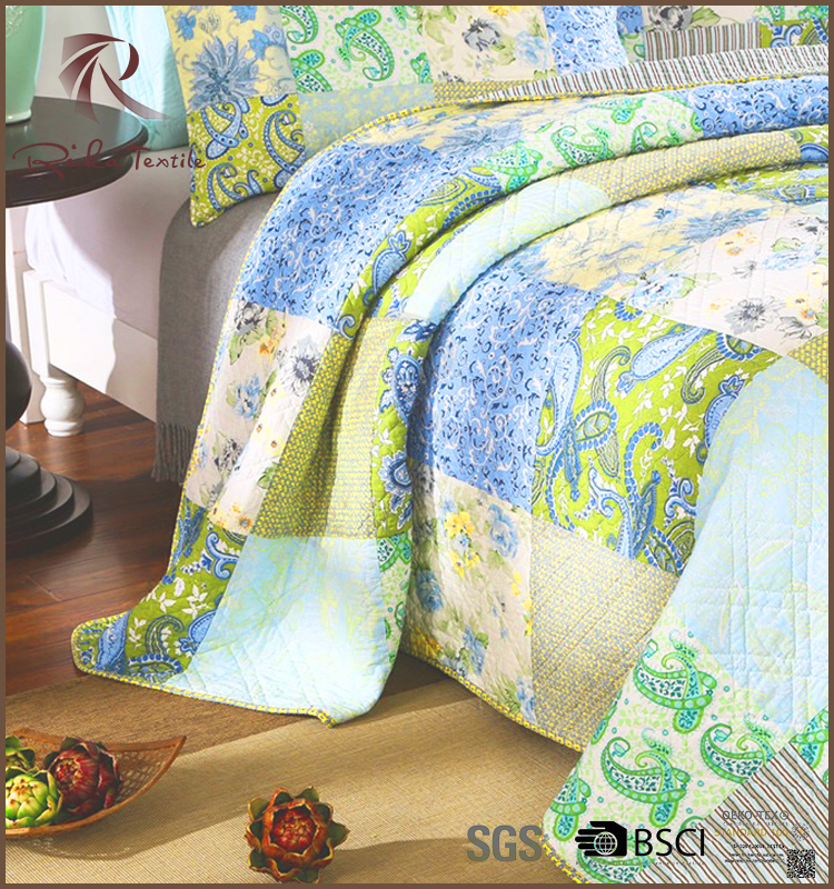Classic quilted plain bedspread, good quilted bedspread