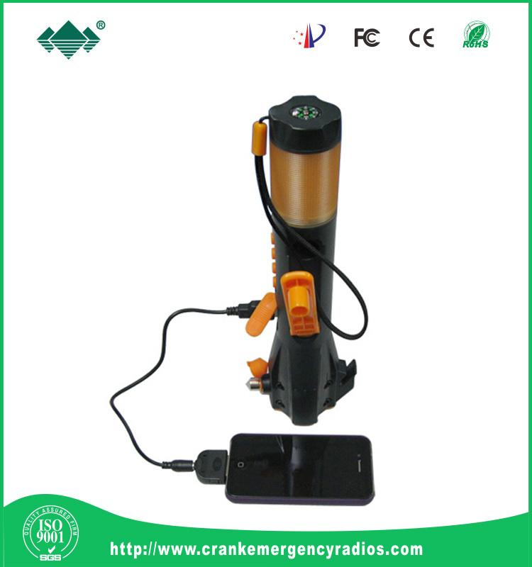 D 39 urgence multifonctionnel lampe de poche marteau aimant - Lampe de poche a manivelle ...