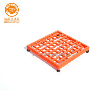 China manufacturer cast iron trivets customized square cooking