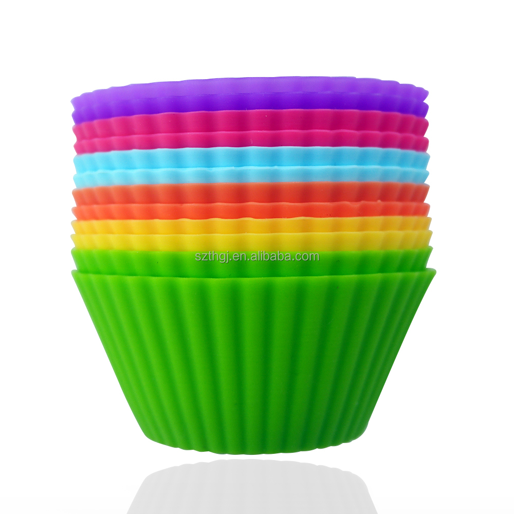 Factory wholesale FDA standard mini round shaped silicone muffin cups cupcake liners for sale