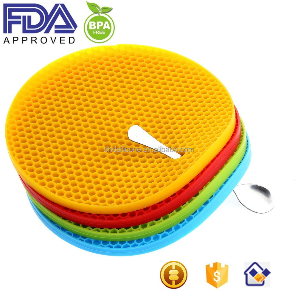 Non Slip Flexible Durable Silicone Trivet, Heat Resistant Silicone Pot Holder