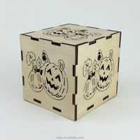 Wood pumpkin candle holder for Halloween