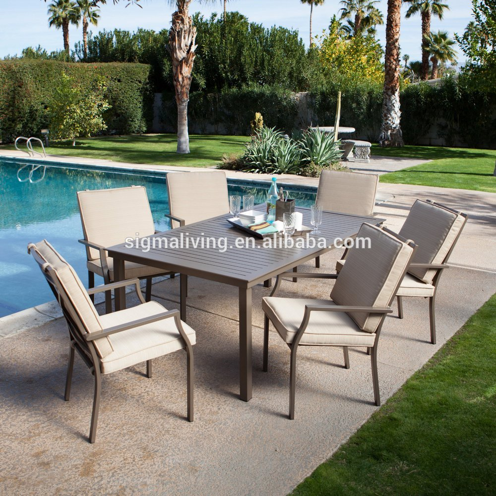 Hot sale outdoor  furniture  wood patio garden round table and rattan chairs set