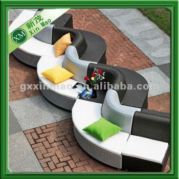 wave-shaped cast iron garden furniture