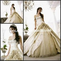 WD1541 Gorgeous Sweetheart Embroidery Lace Handmade Flowers Quinceanera Gown White and Gold Wedding Dresses