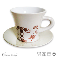 White horn shape ceramic tea cup and saucer with flower printing