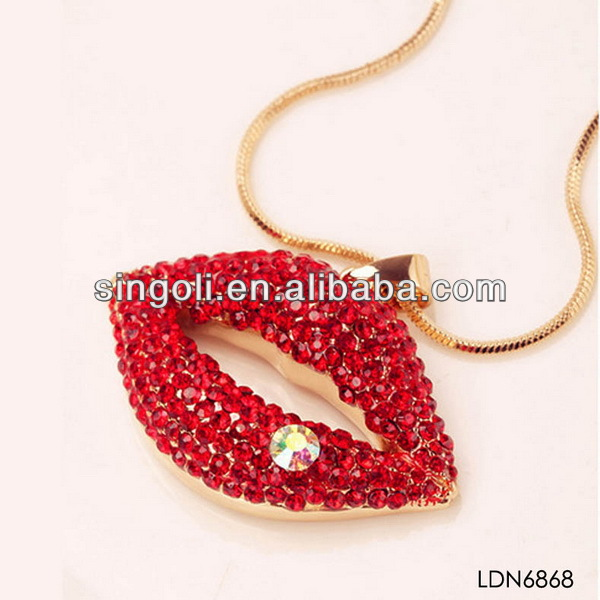 fashion jewelry animals and women and women sex photo necklace