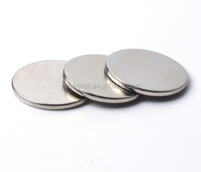 "1.26""D x 0.08""H Pack of 100 Rare Earth Permanent Super Strong Disc N52 Neodymium Magnets"