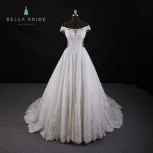 Elegant customized size off shoulder neckline old fashioned wedding dresses heavy lace wedding gowns for fat bride