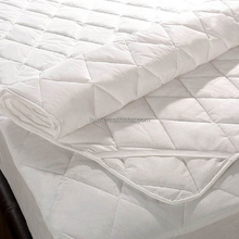 Silentnight Cosy Comfort Mattress Pad With Polyester Fiber
