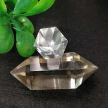 Wholesale natural clear quartz crystal stone carved healing crystal point for pendant