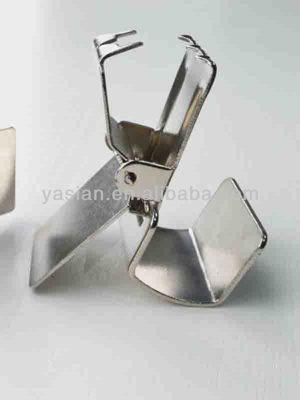 High Quality Metal Resuable Hanging Rugs Clips