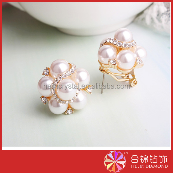 Rhinestone popular designs rhinestone brooches <strong>crystal</strong> selling popular in india market