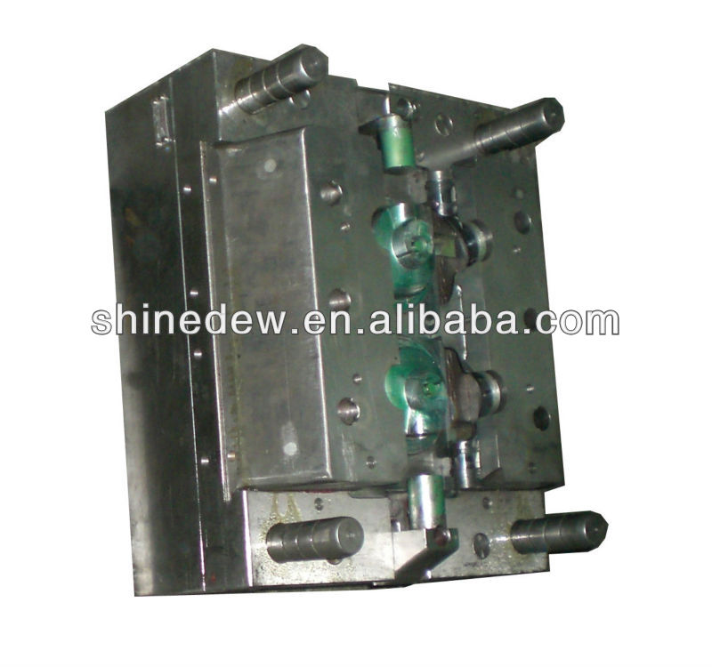 Long life cycle plastic injection mould